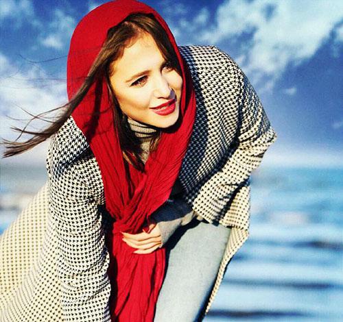نحوه لباس پوشیدن الناز حبیبی