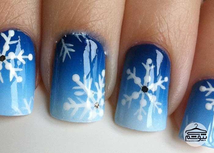 طرحهای جذاب برای تزئین ناخن در زمستان