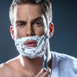 رایج ترین اشتباهات آقایان حین تراشیدن ریش