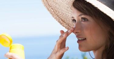 از پوست خود مقابل آفتاب محافظت کنید