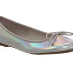 کفش هولوگرامی را چطور بپوشیم؟