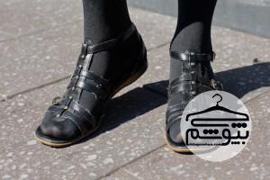 چطور جوراب شلواری را با کفش جلوباز بپوشیم؟
