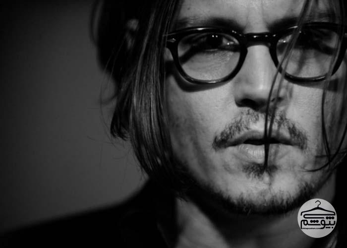 Johnny-Depp-Black-and-white