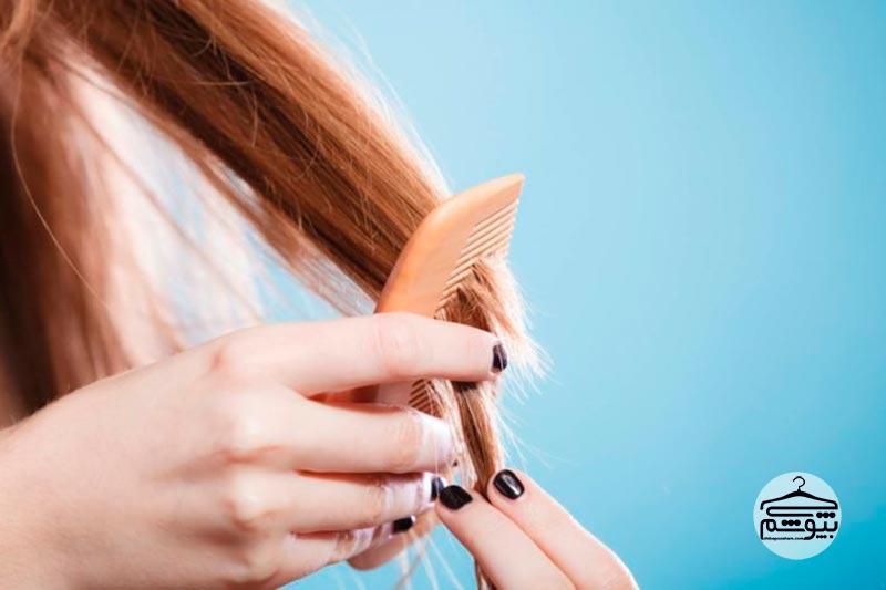 موهای خود را از ریشه به سمت ساقه شانه کنید