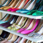 با هر رنگ کفش زنانه چه لباسی بپوشیم؟