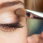 چند ترفند آرایشی برای درشتتر نشان دادن چشمها