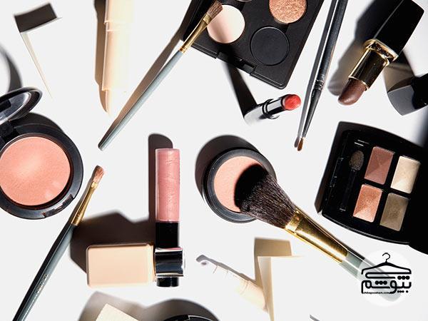 10 راه برای ماندگاری آرایش روی پوست