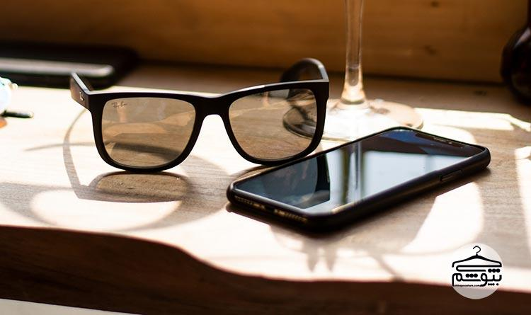 لوگو و نام برند عینک آفتابی مورد نظر