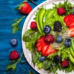 ۱۰ ماده غذایی مفید برای جوانسازی پوست