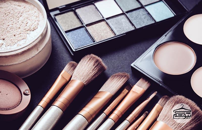 راهنمای آرایش برای صورتهای گرد
