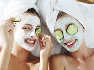 چند ماسک خانگی مفید برای از بین بردن لک صورت + پیشنهاد خرید