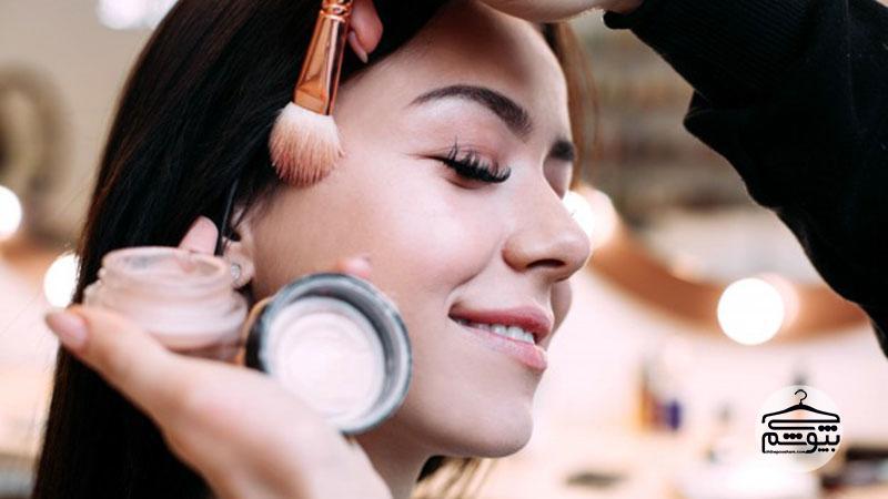 میکاپ آرتیست : چگونه یک میکاپ آرتیست و آرایشگر حرفهای شویم؟