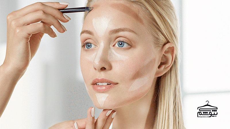 کوچک کردن بینی با آرایش : تکنیک های آرایشی ضروری برای کوچک کردن بینی