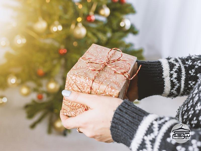 چرا عطرها ایدهآلترین گزینه شما برای هدیه دادن هستند؟