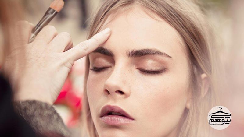 آرایش چشم برای خانم های عینکی : ترفندهای آرایشی برای خانم های عینکی