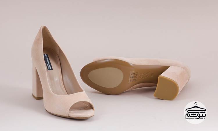 کفش پاشنه بلوکی
