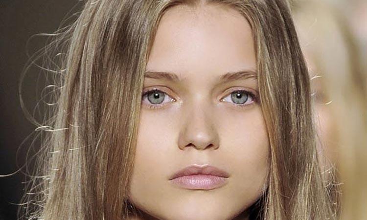 رنگ موی دودی : نحوه رنگ کردن و بهترین مدل های رنگِ مو دودی را مشاهده کنید
