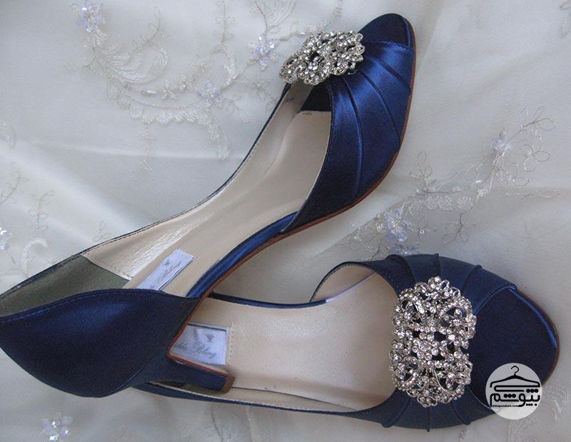 کفش عروس سرمهای