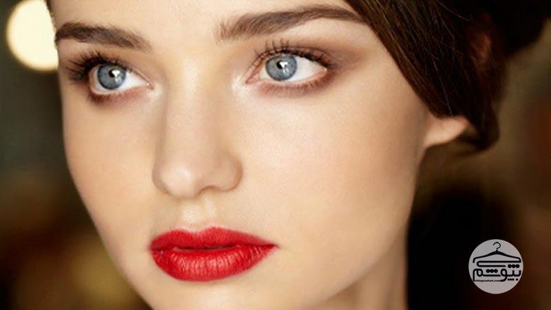 آرایش عروس با رژ لب قرمز