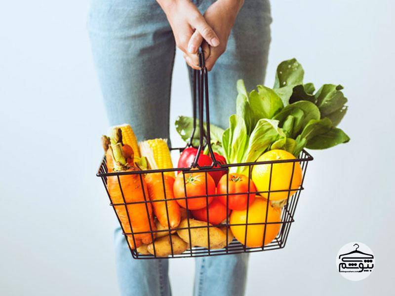 به هنگام خرید مواد غذایی نهایت دقت را داشته باشید