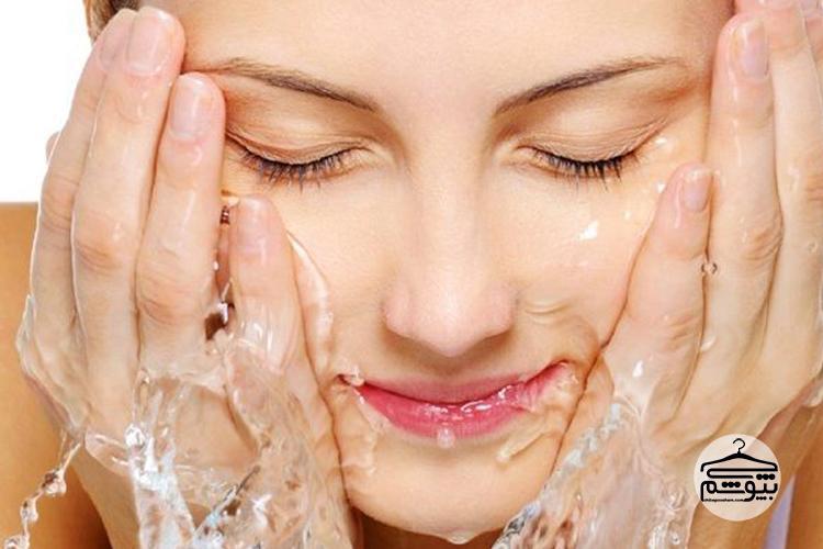 مراقبت از پوست خشک در صبح:
