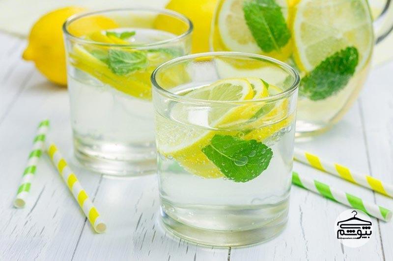 در طول روز به میزان زیادی آب بنوشید