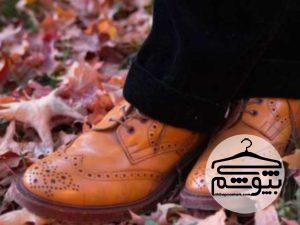 چگونه شلوار مشکی را با کفشهای قهوهای بپوشیم؟