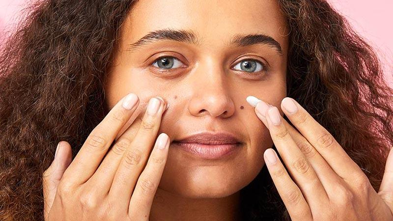 از پرایمر آرایشی استفاده کنید