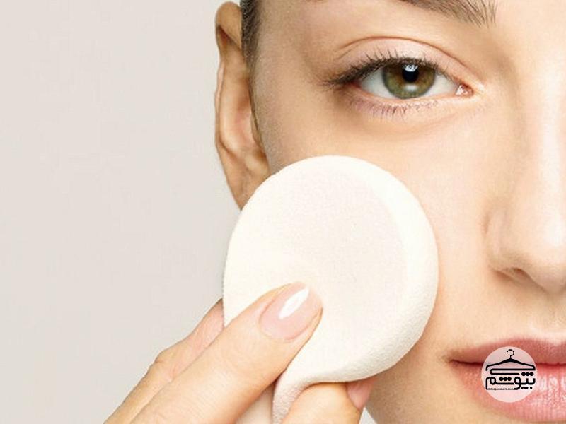 چگونه صورت جوشدار را آرایش کنیم؟