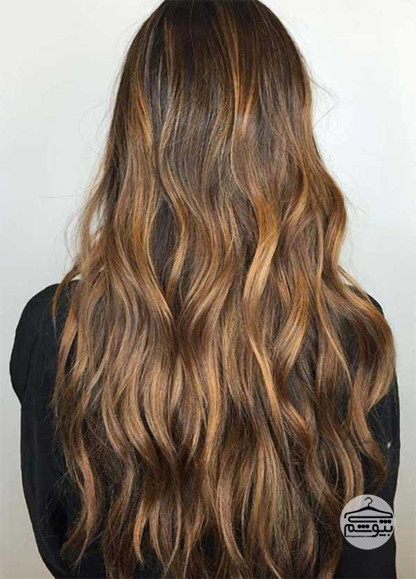 رنگ موی قهوهای با تناژ طلایی
