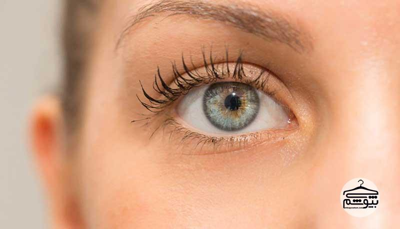 در نظر گرفتن رنگ چشم