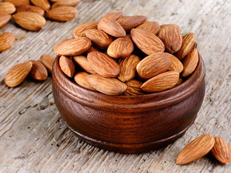 تفاوت بادام تلخ و بادام شیرین چیست؟
