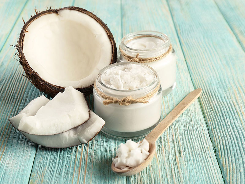 حفظ سلامت پوست و مو با روغن نارگیل
