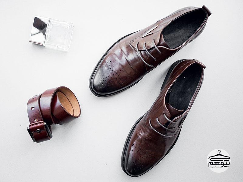 کفش چرم با کیفیت انتخاب کنید