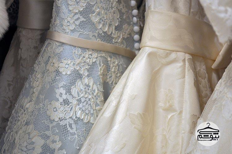بررسی بازار لباس عروس و اکسسوری