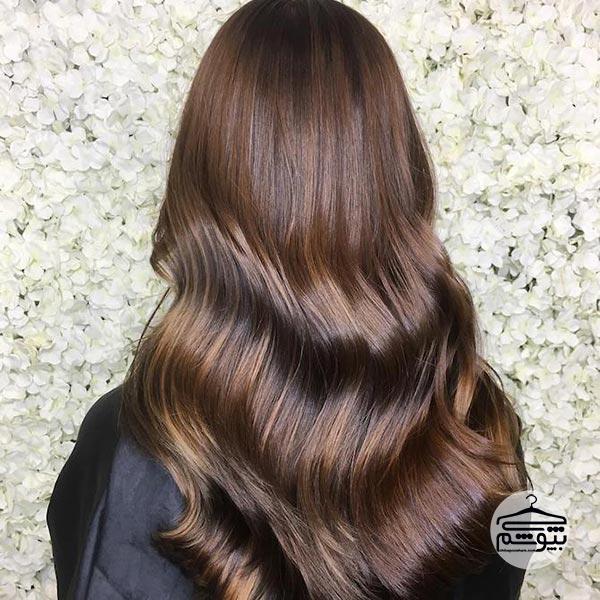 رنگ موی شکلاتی همراه با رنگ دارچینی