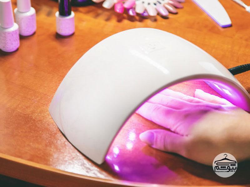 ژلیش ناخن با دستگاه LED یا UV، کدام بهتر است؟