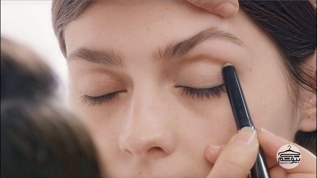 ترفندهای آرایشی برای درشت نشان دادن چشمها