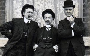 داستان تاریخ لباس مردان در صد سال اخیر، داستانی شگفتانگیز و طولانی! (قسمت اول)