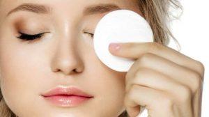 ۶ روش ساده پاکسازی و جوانسازی پوست در منزل