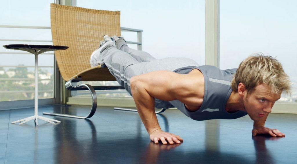 چگونه در منزل و بدون کمترین امکانات ورزش کنیم؟ + تصاویر متحرک آموزشی (برای افراد با آمادگی جسمانی بالاتر)