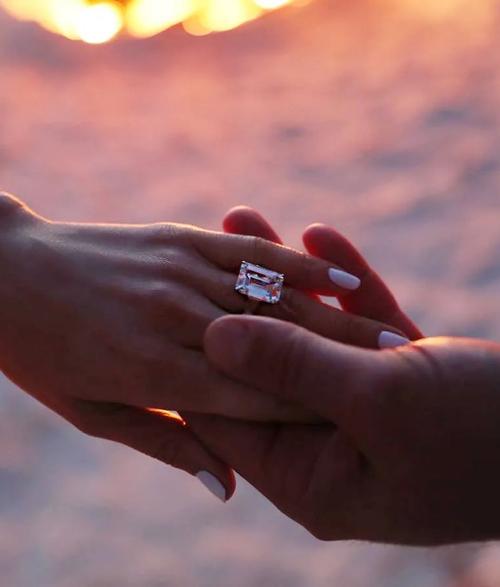 حلقه ازدواج سلبریتی ها