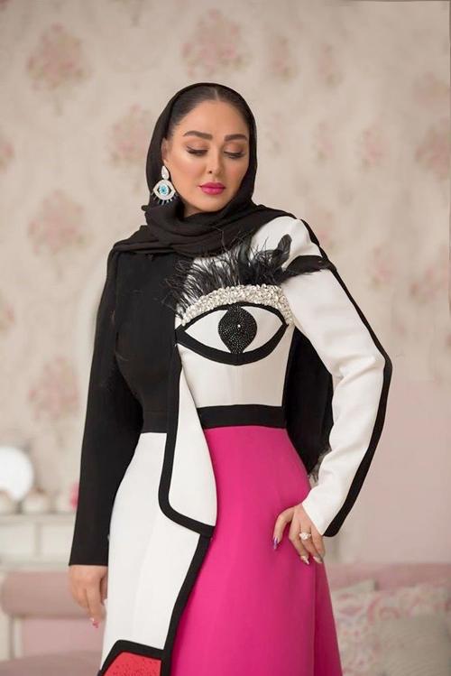 لباس جنجالی الهام حمیدی
