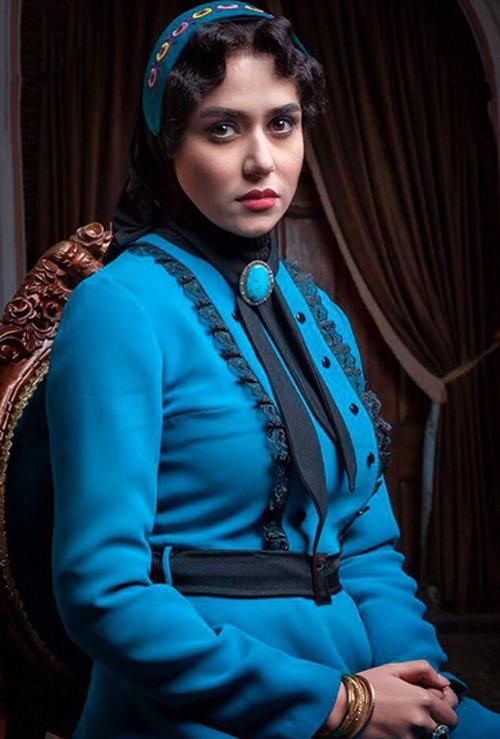 لباس پریناز ایزدیار در شهرزاد